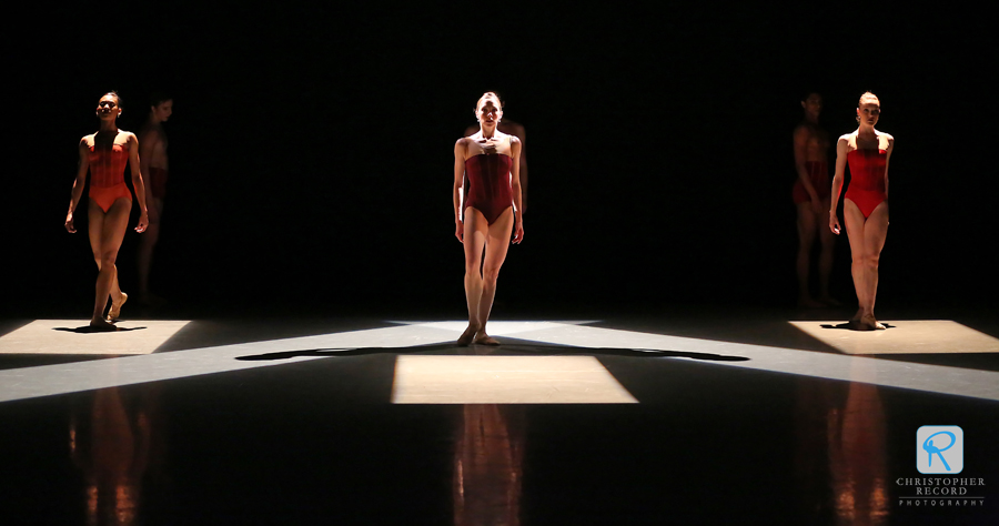 "Dwight Rhoden's ""Ballad Unto."" Lighting Design by Jennifer Propst. Photo by Christopher Record"